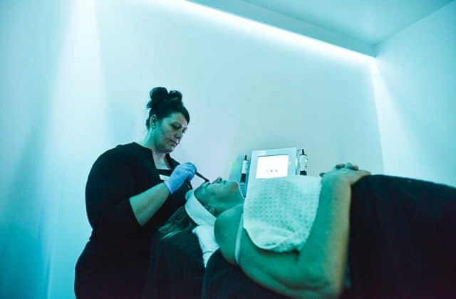 Oxygeneo – Advanced Anti-Aging Technology at VL Aesthetics