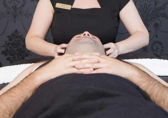 Stress Therapy Massage at VL Aesthetics