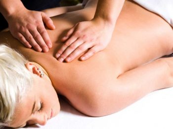 A massage therapist performing a bespoke massage at VL Aesthetics in Carlisle (Cumbria)